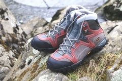 Link to Boots and Walking Essentials page